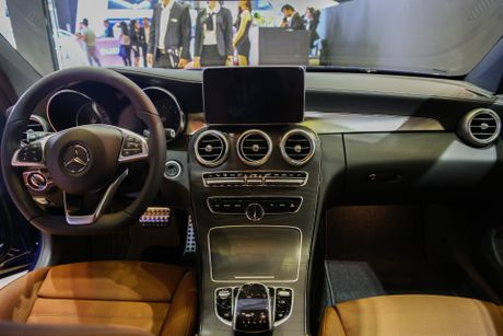 Chi tiet Mercedes C300 Coupe gia 2,7 ty dong tai VIMS - Anh 5
