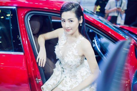 Noo Phuoc Thinh tinh tu voi A hau Tu Anh o su kien - Anh 8
