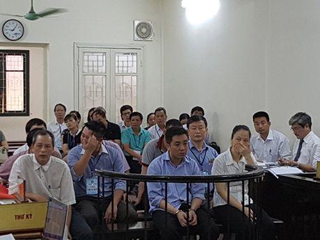 Vo chong 'dai gia nghin ty' vuong vong lao ly - Anh 1