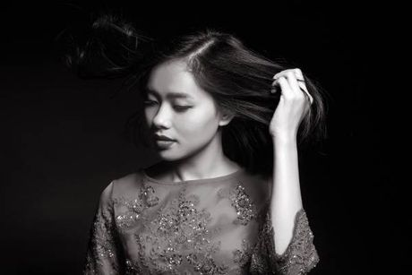 Hoc tieng Anh: Ca si Hoang Quyen ke chuyen bat dau tu nam 22 tuoi - Anh 3