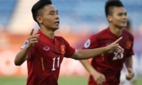 HLV Hoang Anh Tuan choi bai 'tam ly chien' voi U19 Nhat Ban - Anh 2