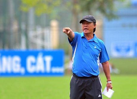 Chuyen gia hien ke giup U19 Viet Nam danh bai U19 Nhat Ban - Anh 2