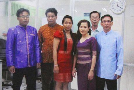 Vinh biet Bien dich vien tieng Khmer Tran Van Ky - Anh 2