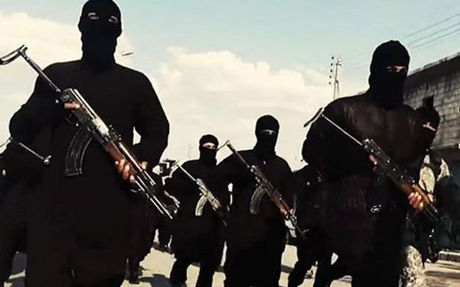 Bi vay ham o Mosul, IS 'dien cuong' tan sat con tin - Anh 1