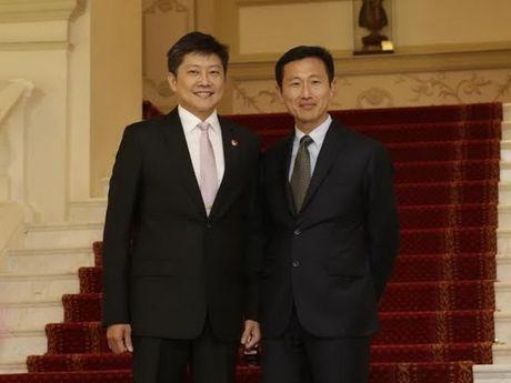 Singapore cung co doi ngu lanh dao: Bo nhiem Bo truong chinh thuc - Anh 1