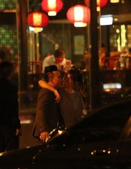 Tin don cuoi 25/11: Tran Thanh - Hari Won ''bon cu soan lai''? - Anh 5