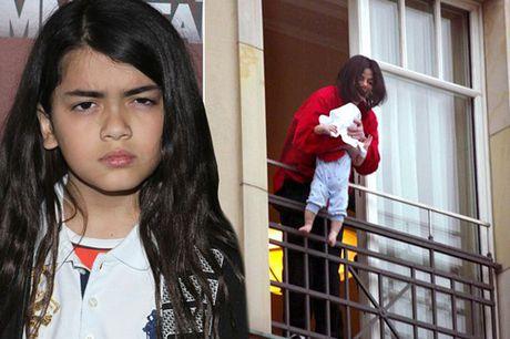 Cuoc song bat thuong cua 3 con Michael Jackson - Anh 7