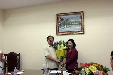 Dang uy Co quan T.U Hoi Nong dan Viet Nam bau Bi thu moi: Pho Chu tich T.U Hoi NDVN Nguyen Hong Ly trung cu - Anh 1