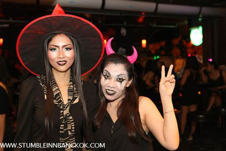 Quoc gia nao an mung Halloween hoanh trang nhat the gioi? - Anh 1