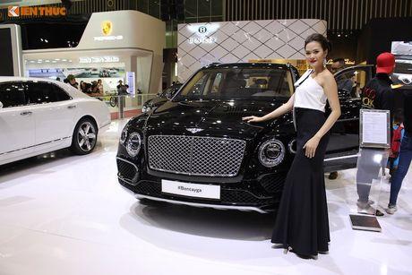 Sieu SUV nhanh nhat The gioi Bentayga chinh hang tai VN - Anh 13