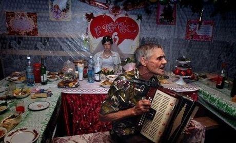 15 buc anh cuoi 'tham hoa' chi co o nuoc Nga - Anh 4