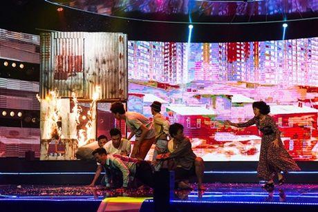 Huynh Tien Khoa: Thu linh moi cua hai kich Viet - Anh 2