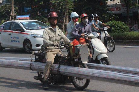 Xe tu che cho hang cong kenh tai xuat o Ha Noi - Anh 2