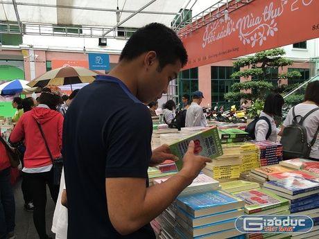 Hoi sach Mua thu 2016: Diem hen van hoa giua long Ha Noi - Anh 2