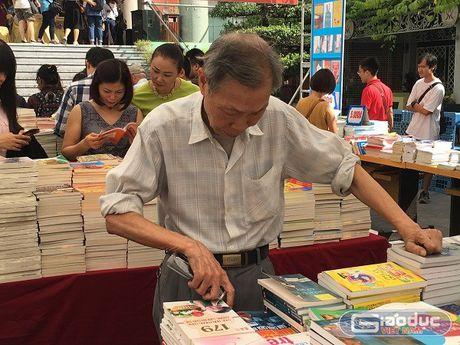 Hoi sach Mua thu 2016: Diem hen van hoa giua long Ha Noi - Anh 3