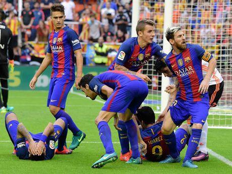 "Liga truoc vong 10: Barca se ""dam"" an mung - Anh 1"