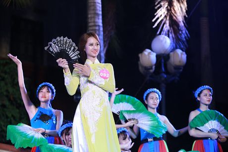 Thu Trang – Co A khoi noi tieng Han nhu gio - Anh 3