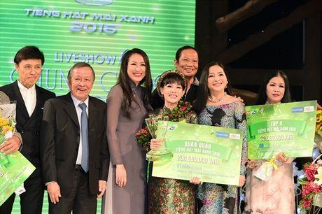 Nguoi con gai Hue - Hong Van dang quang 'Tieng hat mai xanh' 2016 - Anh 1