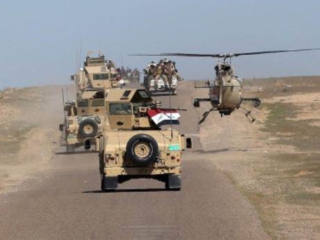 Gan 900 phien quan IS bi tieu diet trong chien dich giai phong Mosul - Anh 1