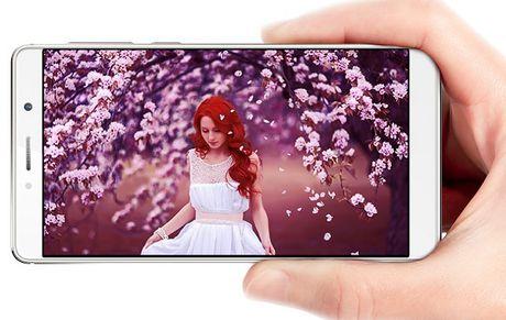 ZTE Axon 7 Max chinh thuc: man hinh Naked 3D, camera kep - Anh 1