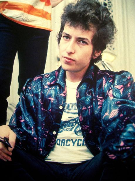 'Che' giai Nobel van chuong: Bob Dylan qua... bat lich su va kieu ngao - Anh 3
