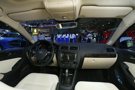 Chi tiet doi thu Duc cua Toyota Altis tai Viet Nam - Anh 5
