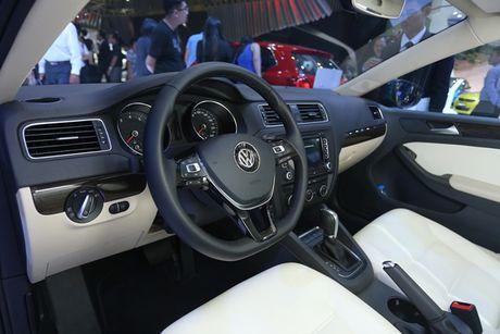 Chi tiet doi thu Duc cua Toyota Altis tai Viet Nam - Anh 6