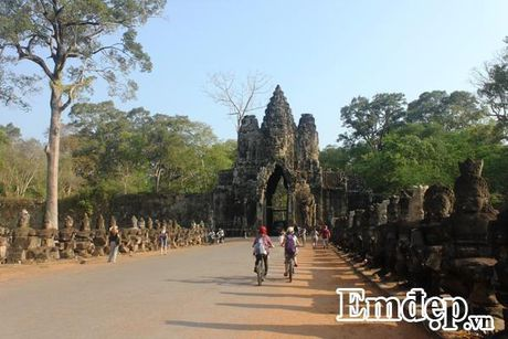 Kham pha Angkor bang xe dap - Anh 5