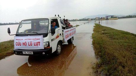 Honda Viet Nam thay dau mien phi cho xe hong vi lu - Anh 3