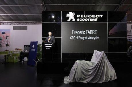 Thuong hieu Peugeot Scooters tro lai Viet Nam sau 60 nam - Anh 1