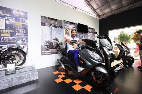 Thuong hieu Peugeot Scooters tro lai Viet Nam sau 60 nam - Anh 4