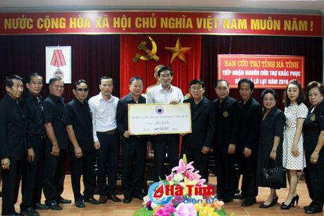 Hoi nguoi Viet tai Sakon Nakhon ung ho dong bao lu lut Ha Tinh - Anh 1