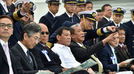 Duterte: Philippines - Nhat Ban co the tap tran chung o Bien Dong - Anh 1