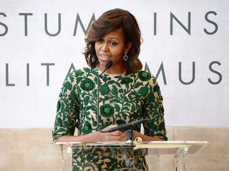 44 buc anh cho thay su thay doi trong phong cach cua Michelle Obama (Phan 2) - Anh 10