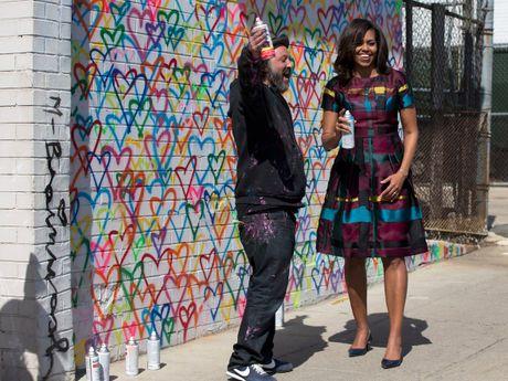 44 buc anh cho thay su thay doi trong phong cach cua Michelle Obama (Phan 2) - Anh 14