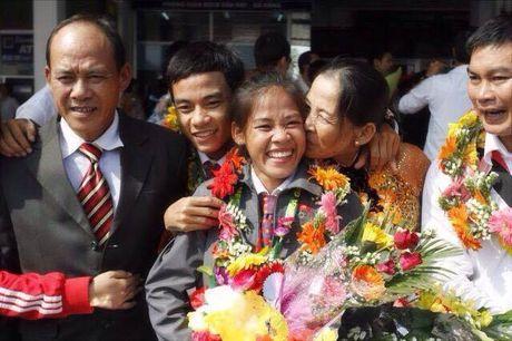 2 chi em VDV Di bo Nguyen Thanh Phuc va Nguyen Thanh Ngung: 'Thuoc do thanh cong, chi co the la su kho luyen' - Anh 3