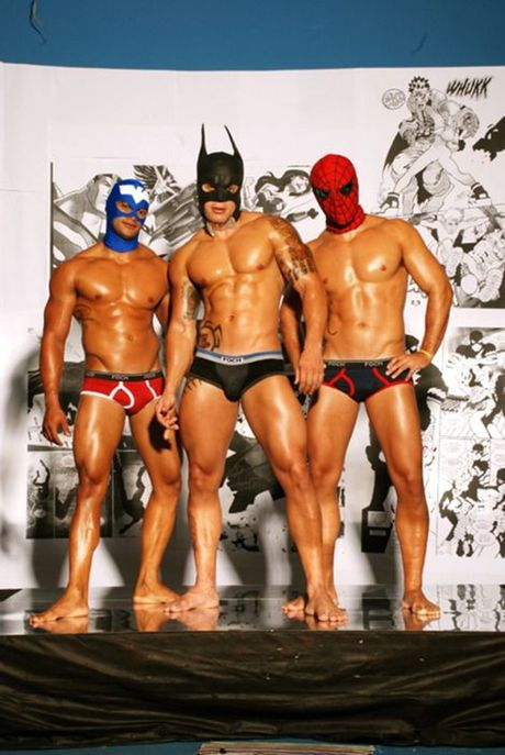 Y tuong hoa trang noi bat trong dem Halloween danh cho cac cap doi dong tinh - Anh 13