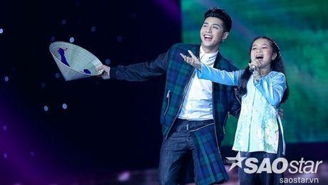 Bo lo tuyen sinh, Mai Anh van co mot hanh trinh day cam xuc toi chung ket The Voice Kids - Anh 2