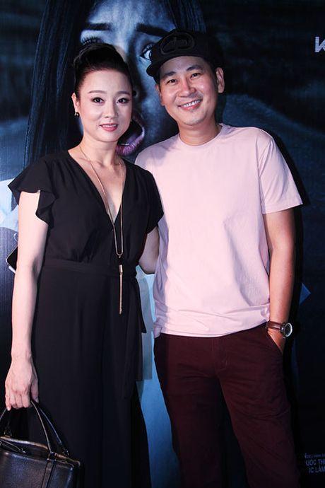 Dao dien tre Le Minh den ung ho dan chi My Duyen trong buoi ra mat bo phim 'Bi an song sinh' - Anh 2