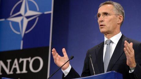 NATO diu giong noi khong muon chien tranh Lanh moi voi Nga - Anh 1