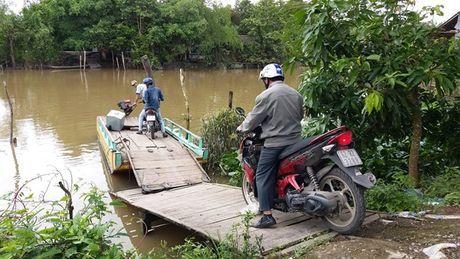 Tien Giang: Tam dinh chi ben do 'chui' cua bi thu xa - Anh 1