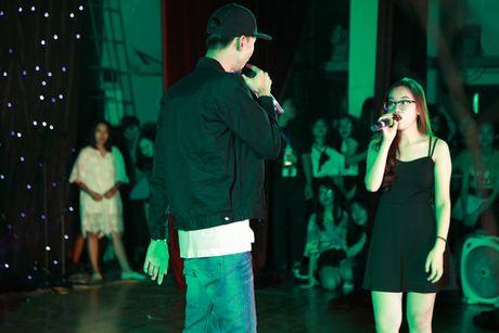 'Dua nhau di tron' dem Halloween cung rapper Den Vau - Anh 3