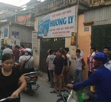 Ha Noi: Tao ton xong vao nha dan, cuop tien cua chu hang tap hoa - Anh 1