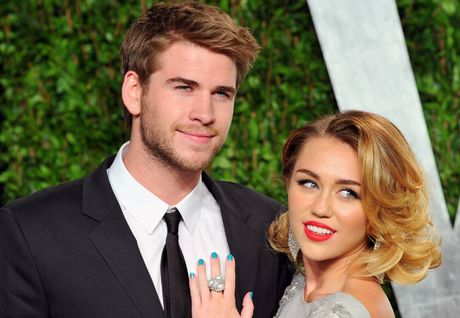 Miley Cyrus che nhan dinh hon Liam Hemsworth tang - Anh 1