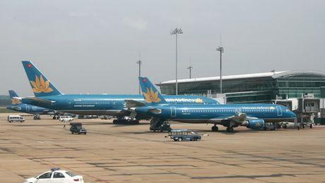 34 khach tren may bay Vietnam Airlines phai nhap vien cap cuu - Anh 1