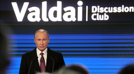 Ong Putin noi truyen thong My theu det chuyen Nga ung ho ong Trump - Anh 1
