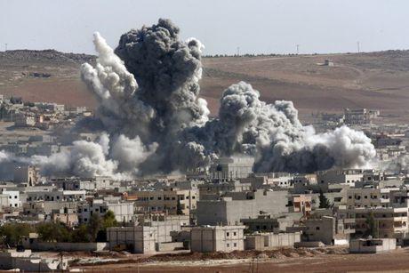 Bi quy toi pham chien tranh tai Syria, My, Nga ra suc 'dau vo mom' - Anh 1