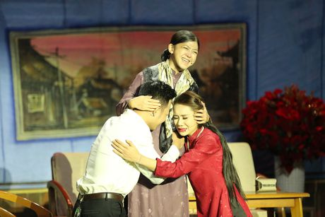 Quynh Chi bi loai khoi cuoc thi Nguoi dan chuong trinh - Anh 9