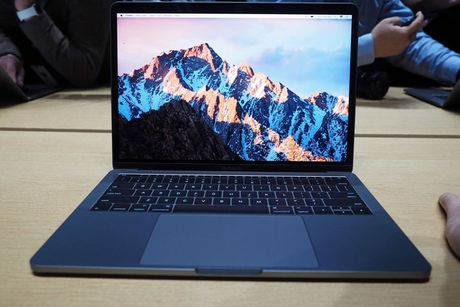 Can canh ve dep cua MacBook Pro 2016 - Anh 11
