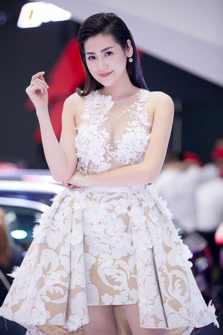 Noo Phuoc Thinh - a hau Tu Anh quan quyt nhu tinh nhan - Anh 4